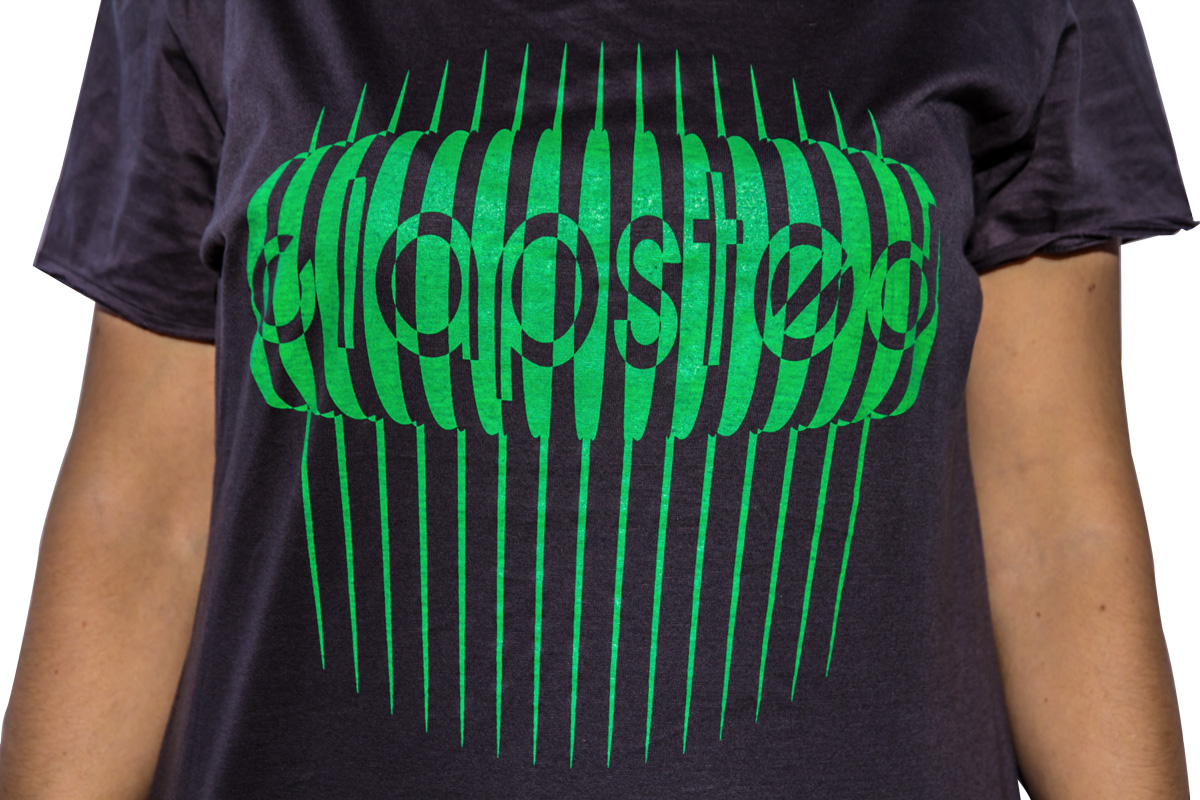 t-shirt logo Clapsted stile anni 50