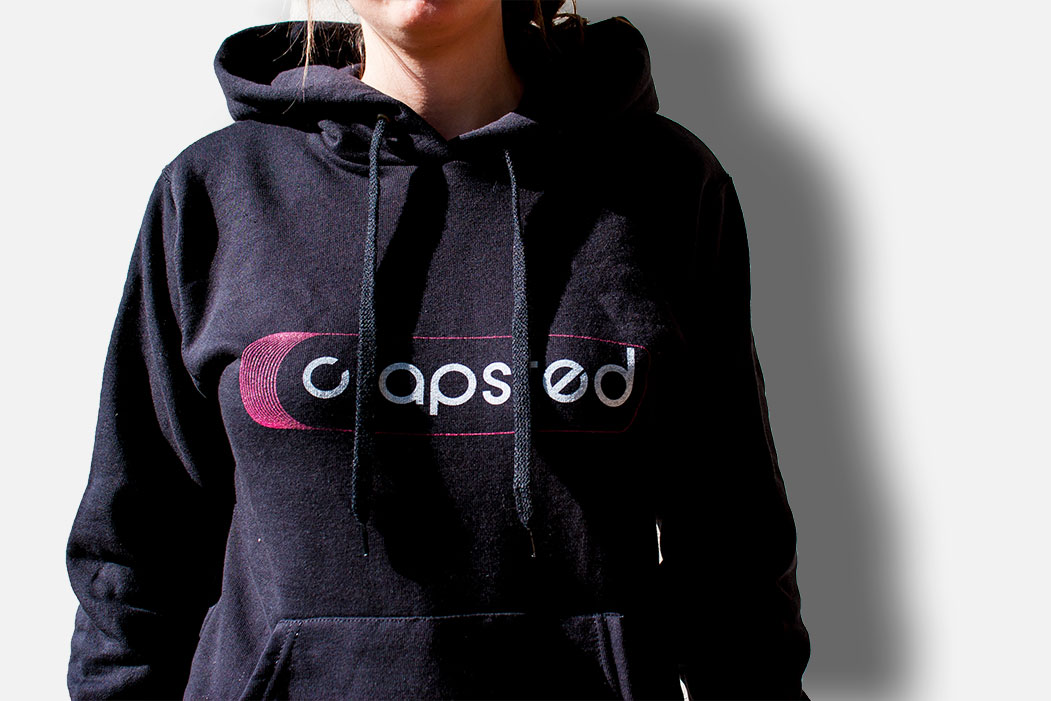 T-shirts and hoodies clapsted logo